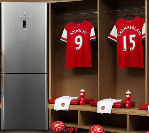 Indesit is a major partner of the Arsenal Football Club.